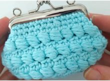 Crochet Purse With Nozzle