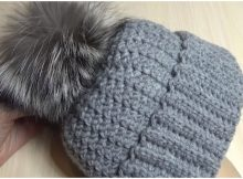 Woman's Warm Hat With Pom Pom