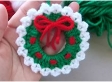 Christmas Wreaths Ornament