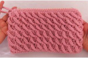 Easy Handbag Braids Stitch