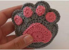 Crochet Supercute Paw Print Keychain