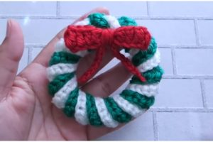 Crochet Christmas Wreaths Ornament